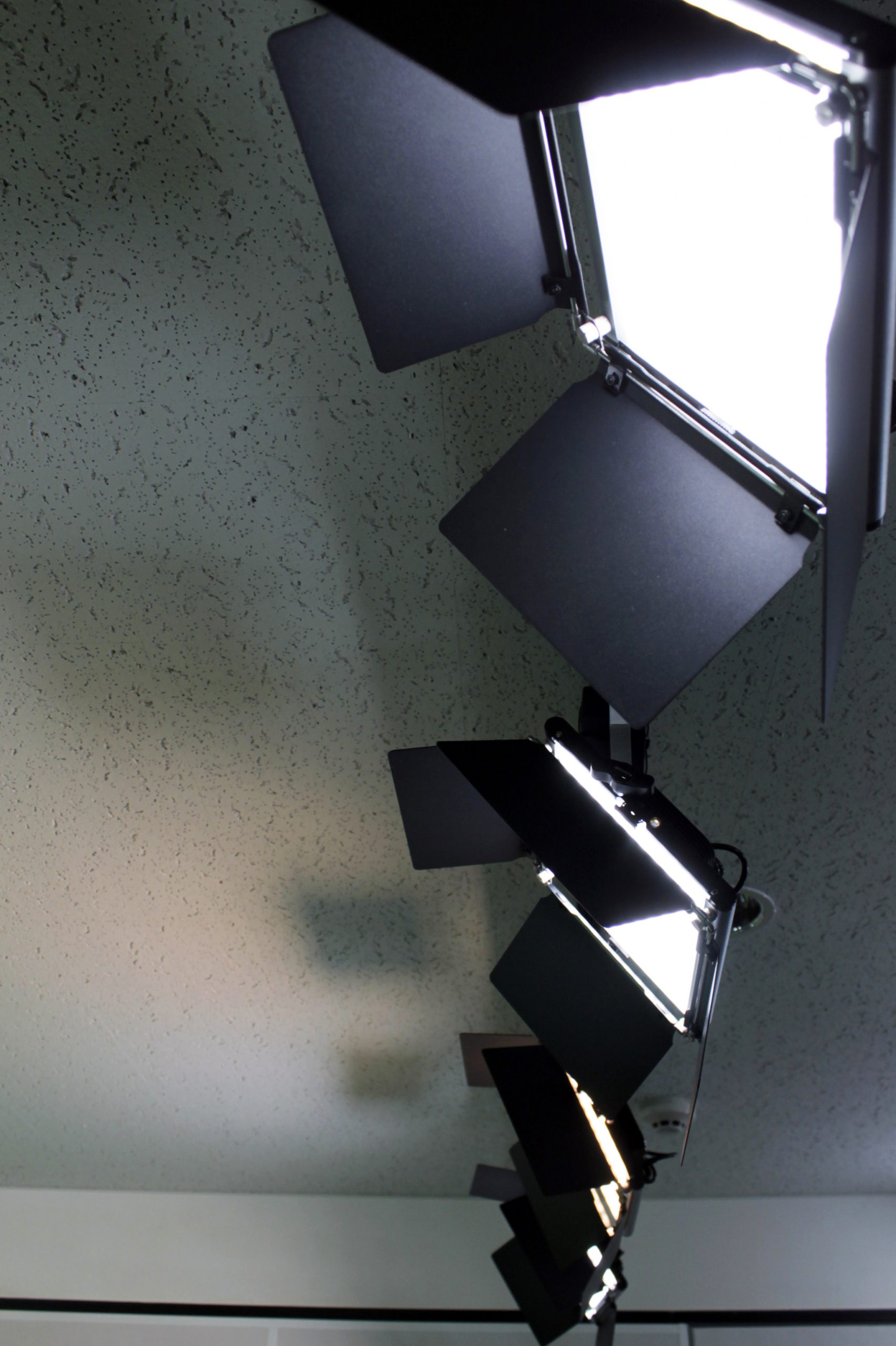SatelliteStudio_Lighting